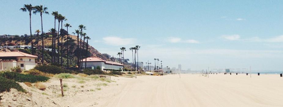 beach-336600_1280